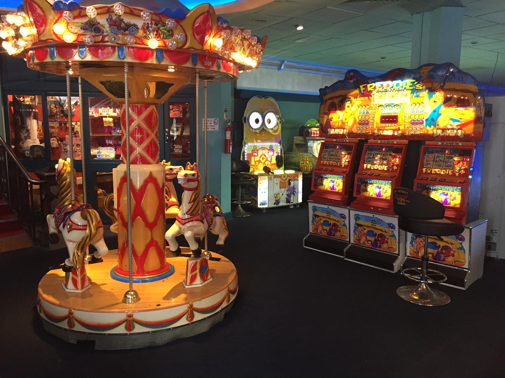 Arcade Driving School >> Bundoran Glowbowl & Macks Amusements Complex - Ten Pin ...